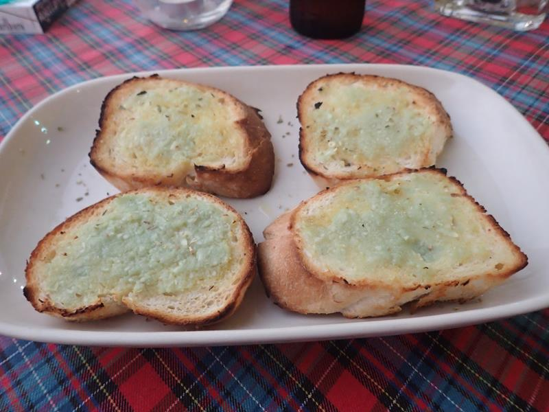 Garlic bread at La Dolce Vita Restaurant