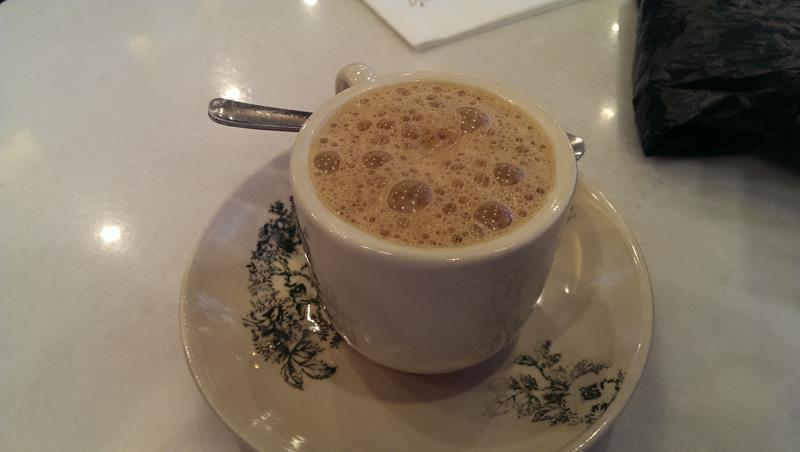 Milk coffee at Papparich