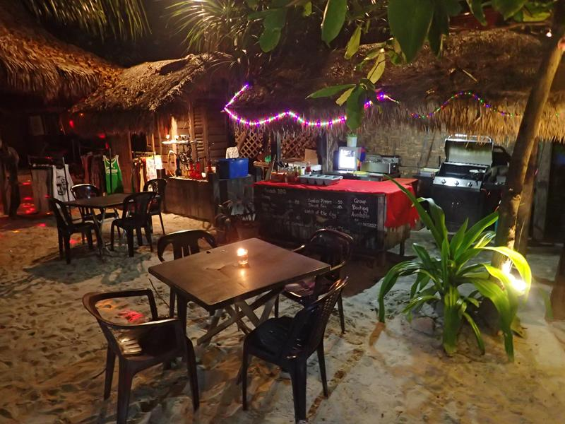 Little Lylia's Chillout Cafe and Bar Pantai Cenang