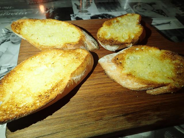 Garlic bread at Bella Italia Restaurant Sanur