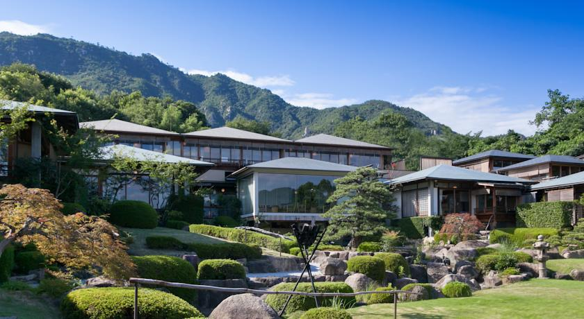 Best Hotels on Miyajima Island