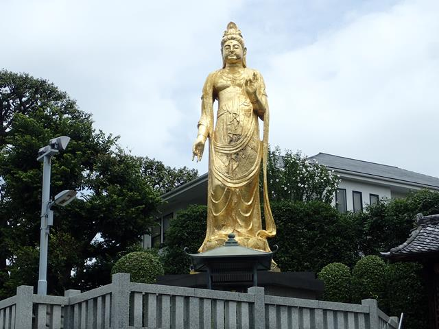 Golden Buddha at Zenshoan Temple