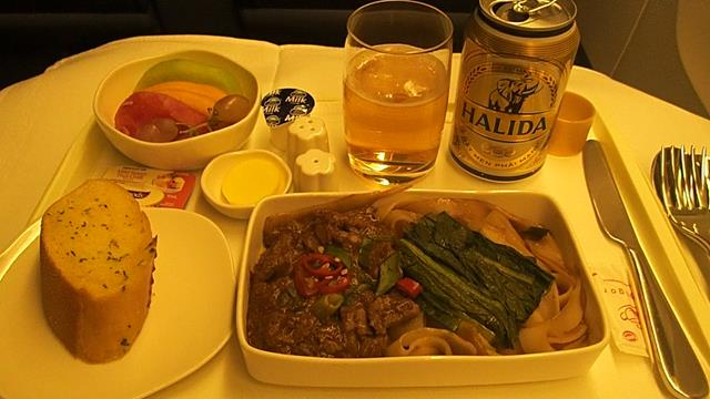 Refreshment meal before landing