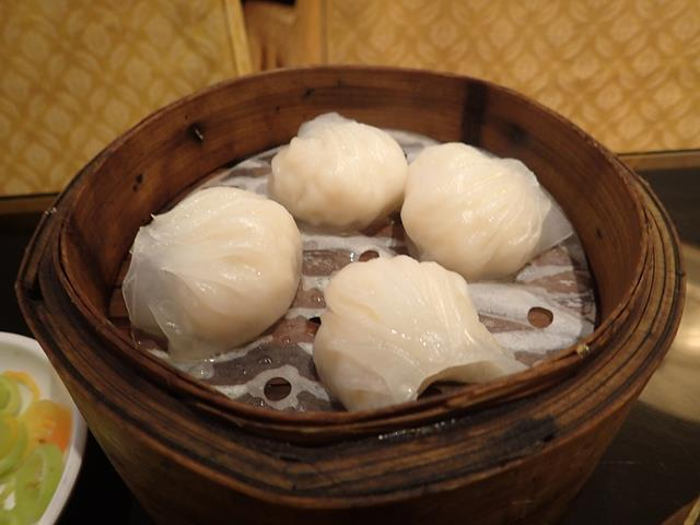 Steamed prawn dumplings at Dragon Court Chinese Restaurant