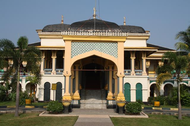 Entrance to Maimoon Palace