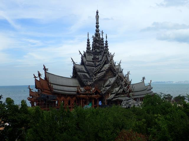 Buddhist temple in Pattaya