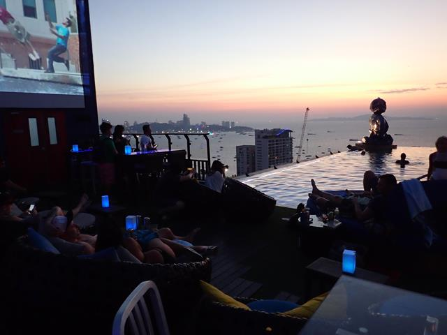 The Roof Sky Bar Pattaya
