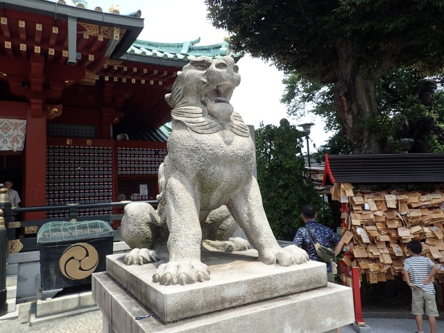 Komainu at Kanda Myojin Shrine