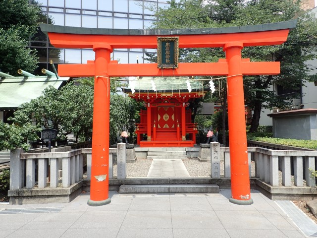 Torii gateway at Kanda Myojin Shrine