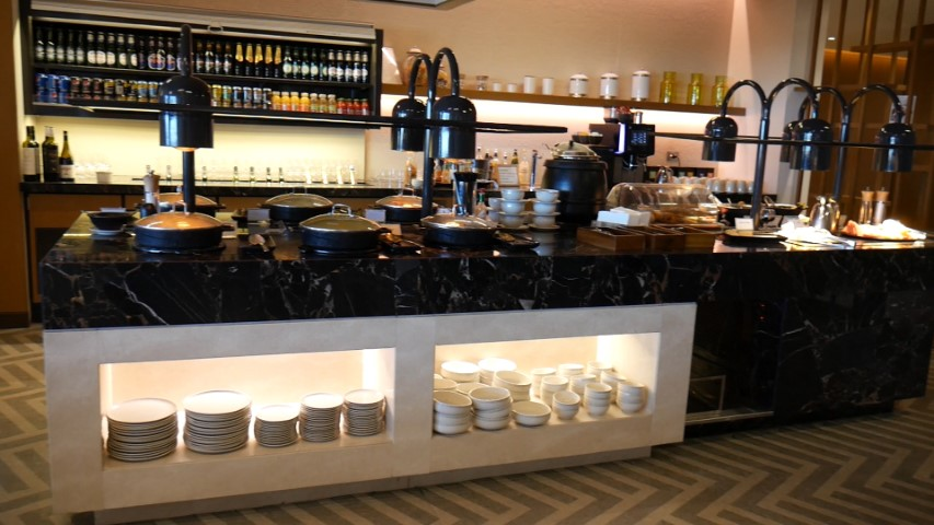 Buffet at SilverKris Lounge at Sydney Airport