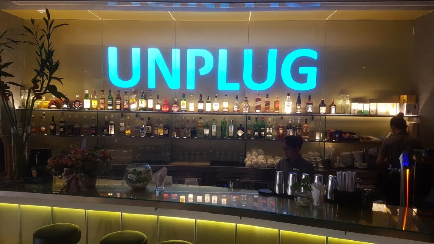 Unplug Bar at Sun and Moon Urban Hotel