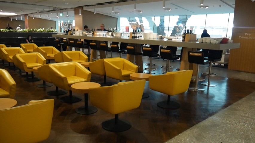 Inside The Qantas Singapore Lounge