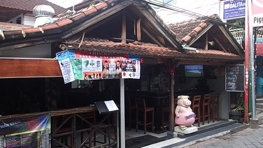 Piggy's Sports Bar Kuta Beach Bali