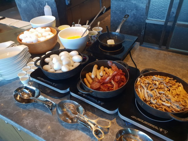 Breakfast at the Grand Hyatt Macau Club Lounge