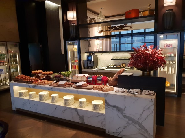 Buffet Breakfast at the Grand Hyatt Club Lounge HK