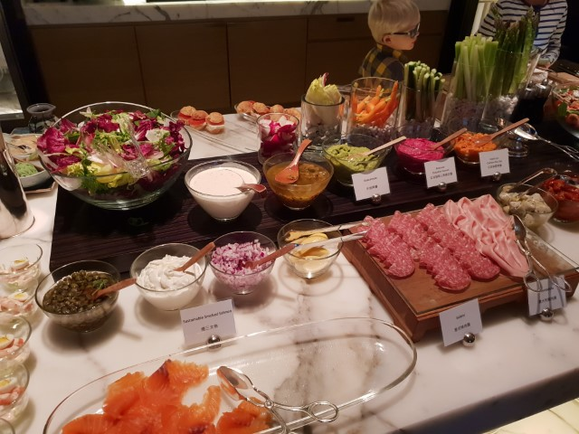 Canapes at Grand Hyatt Hong Kong Club Lounge