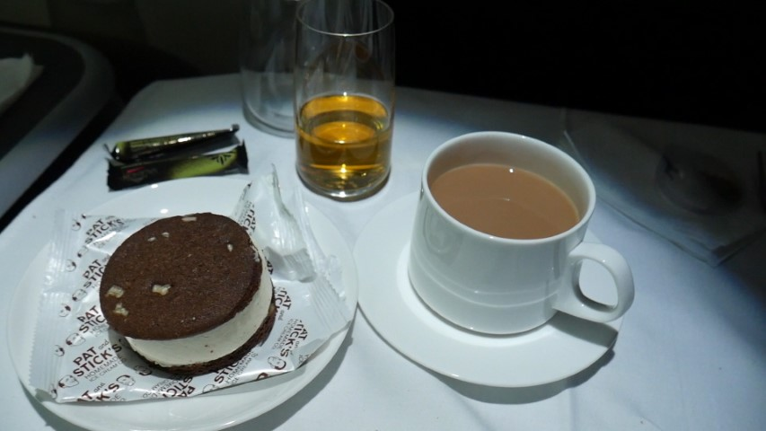 Dessert in Qantas Business Class