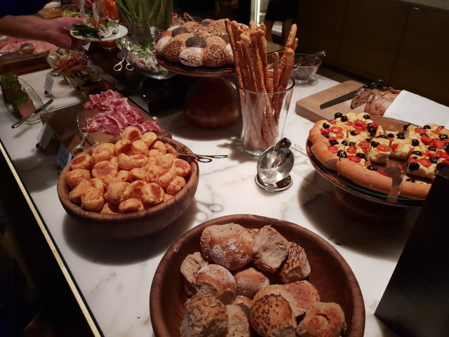 Evening Canapes at Grand Hyatt Club Lounge Hong Kong