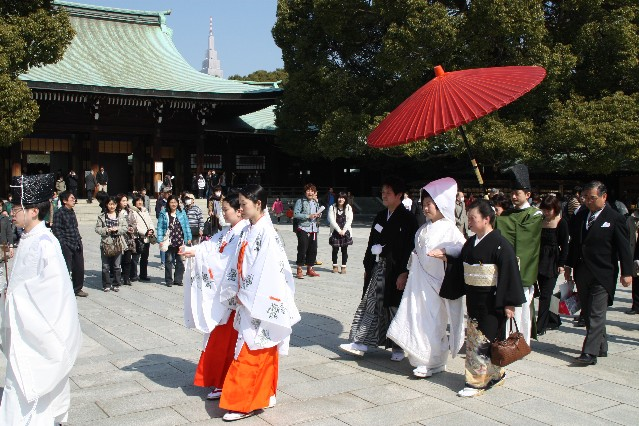 Japanese Wedding at Meiji Jingu Shrine Tokyo