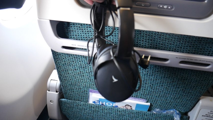 Noise canceling headset on Cathay Pacific