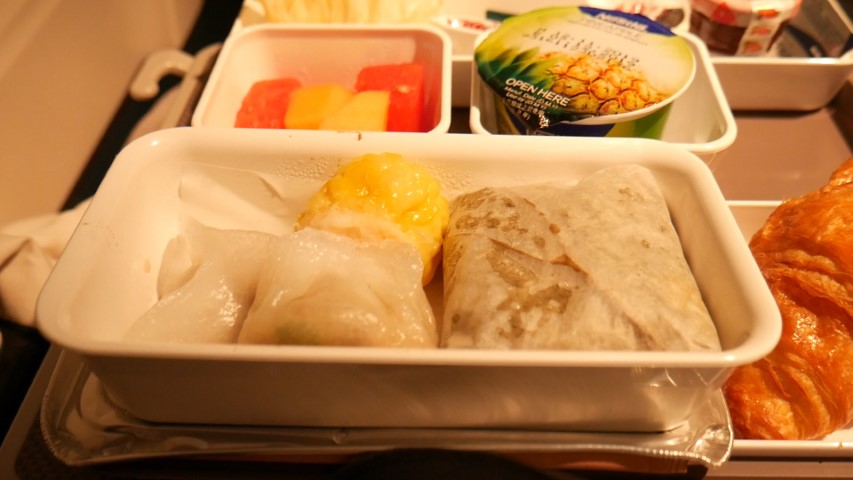 Dim sum for breakfast on Cathay Pacific