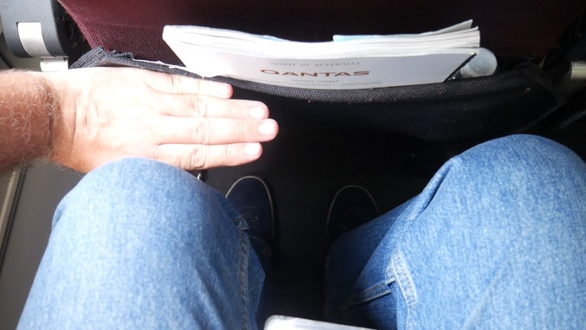 Leg room in Economy Class Qantas Sydney to Bali