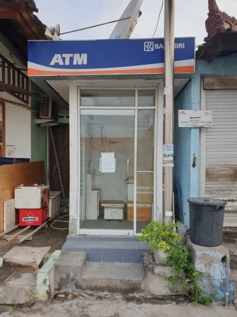 No ATM cash machines on Nusa Lembongan island
