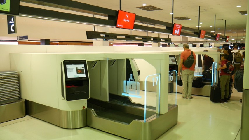 Qantas Automated bag drop Sydney International Airport