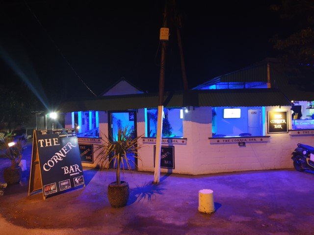 The Corner Bar Nusa Lembongan island