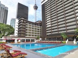 Swimming pool at Concorde Hotel Kuala Lumpur