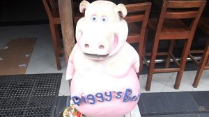 Piggy's Bar Kuta Bali